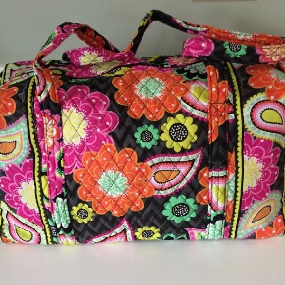 0f80cdd4b2f9 Vera Bradley Ziggy Zinnia Duffle Bag New w Tags